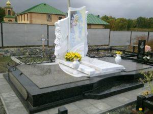 Памятники из бетона Донецк