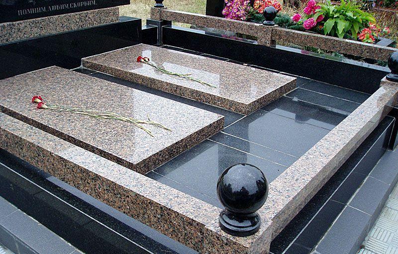 Надгробные плиты в Донецке